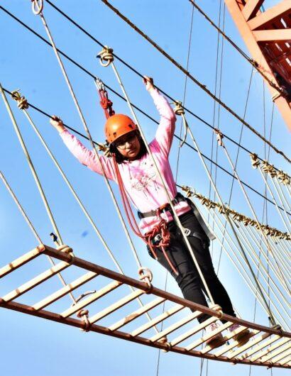 swinging-bridge (2)