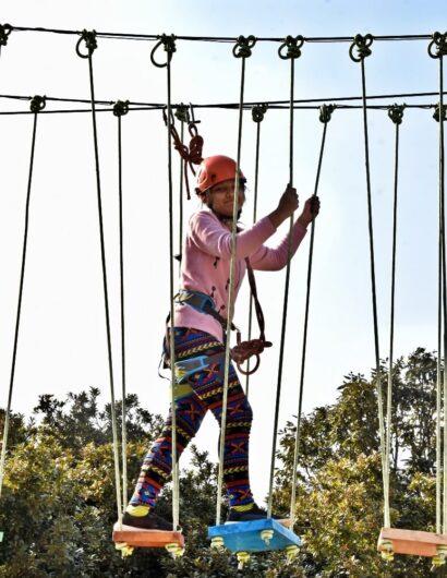 swinging-bridge (5)